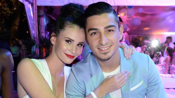 Topmodel-Kandidatin Betty Taube hat geheiratet. Betty Taube und Koray Günter beim Empfang zum Raffaello Summer Day 2016 in Berlin. (Quelle: dpa)