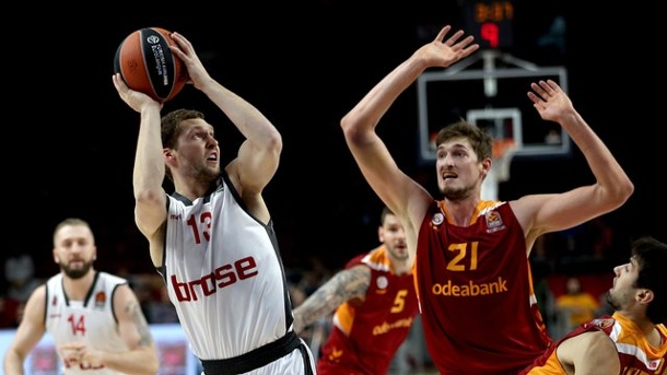 Basketball: Bambergs positives Euroleague-Hinrundenfazit. Janis Strelnieks (2.