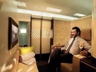 Bei Etihad fliegen Sie in der First Class im eigenen Apartment. (Quelle: Etihad Aviation Group)