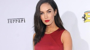 Megan Fox: So sexy präsentiert sie ihren After-Baby-Body in Dessous