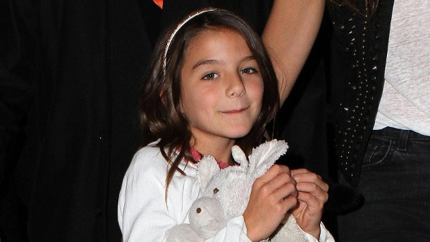 Suri Cruise geht schon mit zehn zum Star-Friseur. April 17 2015 New York City NY USA Suri Cruise accompanied her mother Katie Holmes to a film (Quelle: imago images)