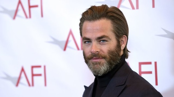 "Film: Chris Pine und Ben Foster wollen ""Outlaw King"" drehen. Chris Pine 2017 in Los Angeles."