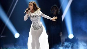 Lindita Halimi sang bei ESC-Halbfinale den Song 'World'.