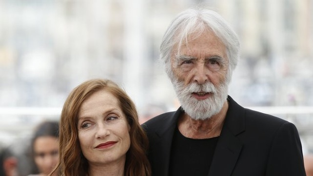 "Film: Michael Hanekes ""Happy End"" in Cannes. Schauspielerin Isabelle Huppert und Regisseur Michael Haneke stellten ""Happy End"" in Cannes vor."