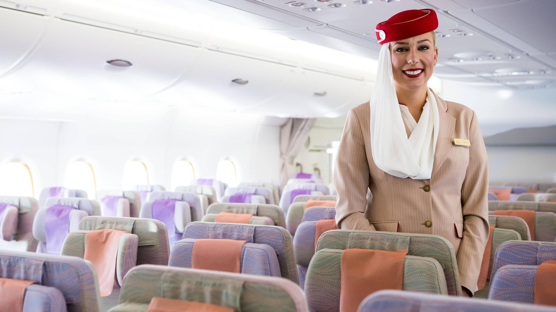 a case study of emirates airline Emirates - business model case study 1 hello tomorrow harshit jhawar 130301410 77 mba-it div b 2 with over 130 destinations, emirates is the only airline to offer non-stop service to all six continents from a single hub.
