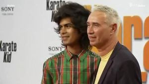 Roland Emmerich und Omar de Soto haben in Los Angeles geheiratet. (Screenshot: Reuters)