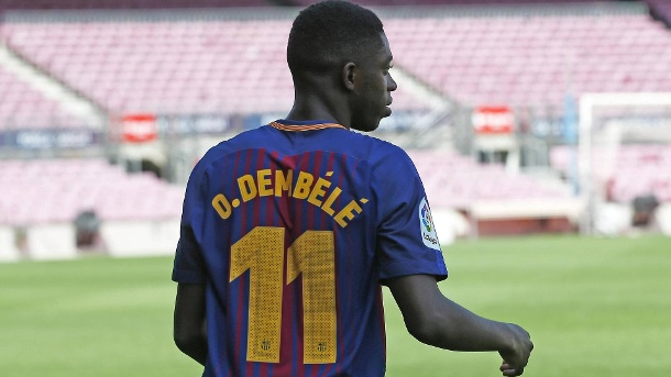 Ousmane Dembélé verdient beim FC Barcelona bis zu 20 Millionen Euro. Ousmane Dembélé ist der Rekordtransfer des FC Barcelona. (Quelle: imago images/Cordon Press/Miguelez Sports)
