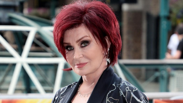 Sharon Osbourne verrät in einem Interview, mit wem Ozzy sie betrogen hat. (Quelle: picture alliance / Photoshot)