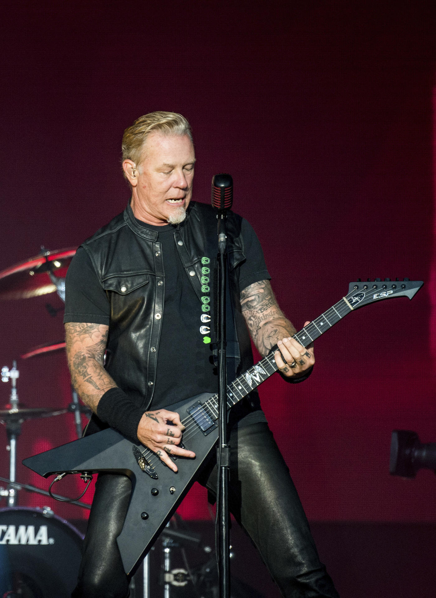 James hetfield tot | To people who hate Labrie