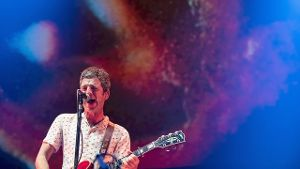 Noel Gallagher spielte mit seiner Band High Flying Birds in der 'Manchester Arena'.
