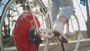 Der Markt der Elektro-Räder boomt, die Absatzzahlen steigen.Eine ganz neue Alternative bietet das 'Superpedestrian' mit dem intelligenten 'Copenhagen Wheel'. (Screenshot: YouTube/ Copenhagen Wheel)