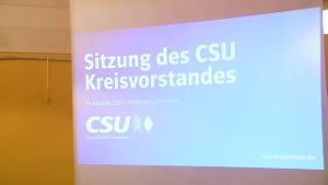CSU-Basis will verjüngte Parteispitze (Screenshot: Reuters)