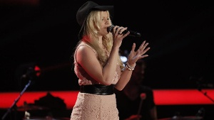 """""""The Voice of Germany"""": Busenstar Isabell will Popstar werden"""