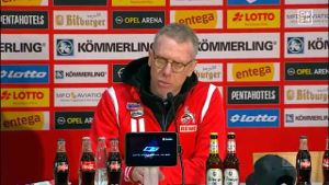 Durch eine Elfer-Fehlentscheidung hat der 1. FC Köln 0:1 beim FSV Mainz 05 verloren. FC-Trainer Peter Stöger war entsprechend bedient. (Screenshot: Omnisport)