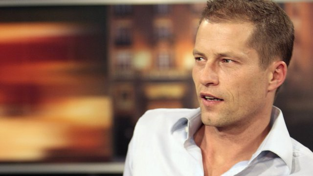 til schweiger besucht seine fans im saarland. Black Bedroom Furniture Sets. Home Design Ideas