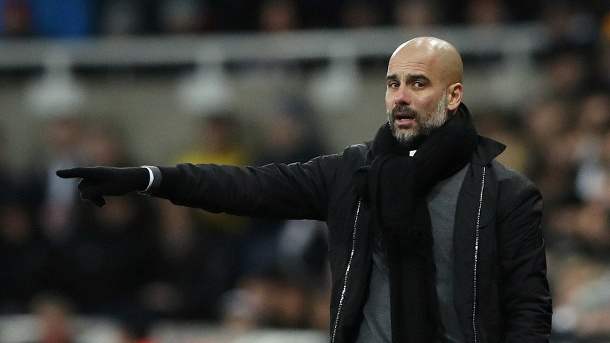 Pep Guardiola holt mit Manchester City 18. Sieg in Folge. Pep Guardiola: Er hat aus Manchester City das beste Team Englands gemacht. (Quelle: Reuters/Scott Heppell)