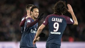 Fußball Paris St Germain FCO Dijon 180118 PARIS Jan 18 2018 Neymar L and Edinson Ca