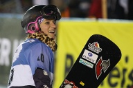 Ramona Hofmeister greift im Snowboard nach Edelmetall. (Quelle: imago images/GEPA pictures)