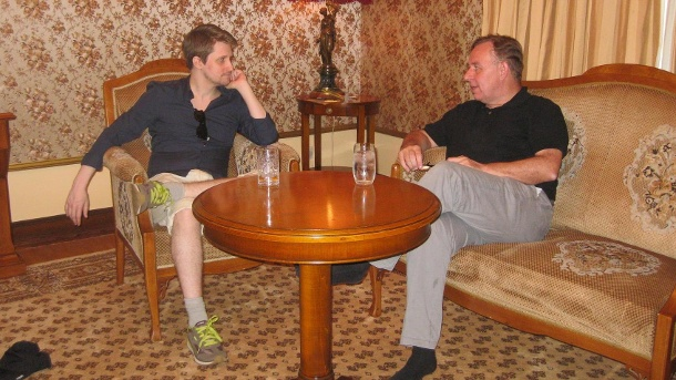The whistleblower and his lawyer: Robert Tibbo and Edward Snowden in Russia, June 2016 (Quelle: NY Jennifer)