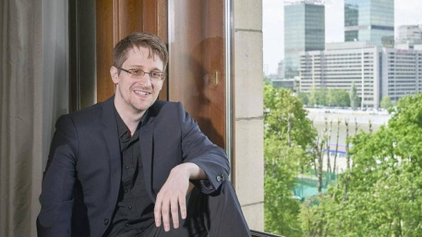 Snowden in Moscow, May 29, 2017: The famous whistleblower is still in exile. (Quelle: imago images)