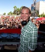 "Mit nur 20 Jahren legte Avicii bereits auf Bühnen in den USA auf. Damals war gerade seine Single ""Levels"" erschienen, mit der er 2011 einen internationalen Hit landete. (Quelle: imago / MediaPunch)"