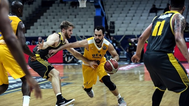 Basketball: MHP Riesen Ludwigsburg Vierter in Champions League. Ludwigsburgs Thomas Walkup (2.