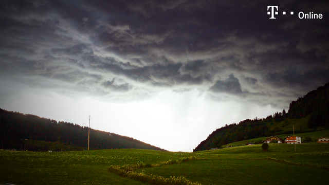 Schwere Unwetter im Westen Deutschlands erwartet (Screenshot: Getty) (Quelle: Getty)