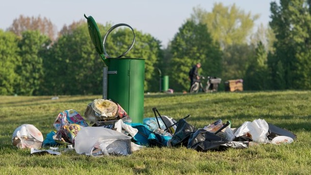 Grillabfall in Parks wird immer mehr Problem. Abfallproblem