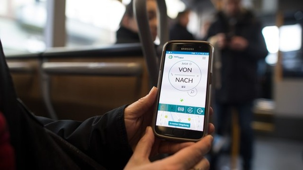 Pilotprojekt geht in zweite Phase: VRR-Ticket per Handy-App. Next Ticket