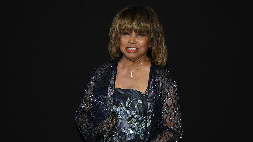 Tina Turner pays for his oldest son