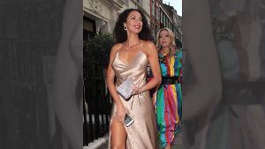 Unterwegs in London: Lilly Becker im sexy goldenen Kleid
