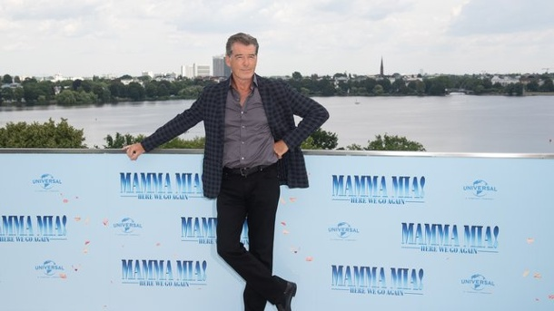 """Mamma Mia!"": Hollywoodstars Brosnan und Seyfried in Hamburg. Pierce Brosnan"