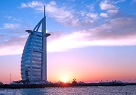 Burj-al-Arab in Dubai (Quelle: Getty Images/majaiva)