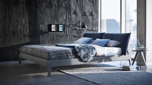 immobilien k hle farben im schlafzimmer wirken beruhigend. Black Bedroom Furniture Sets. Home Design Ideas