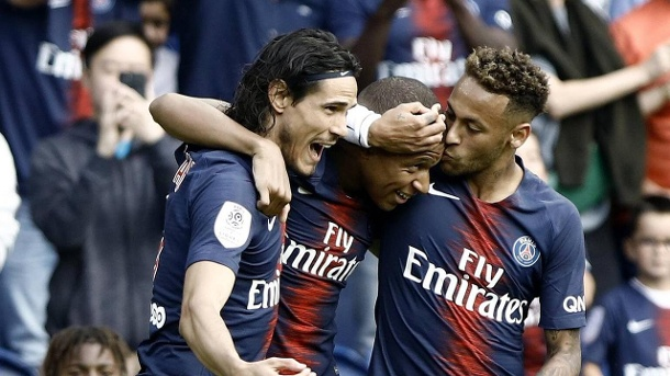 August 25 2018 Paris France Kylian Mbappe Neymar Edinson Cavani during the French L1 footbal (Quelle: Imago)