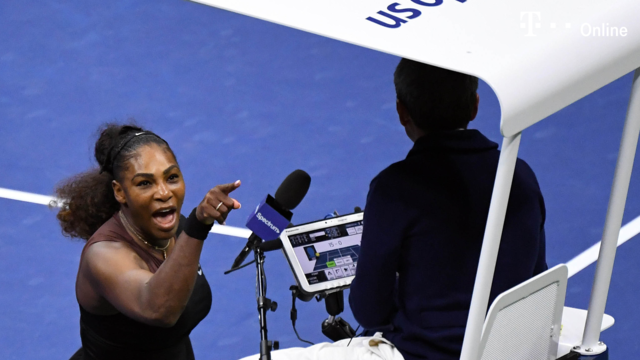 Serena Williams rastet bei US Open-Finale aus (Quelle: dpa)