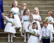 Alle zusammen: Prinzessin Charlotte, Savannah Phillips, Maud Windsor, Prinz George, Isla Phillips, Theodora Williams, Mia Tindall Louis de Givenchy. (Quelle: REUTERS/Toby Melville)