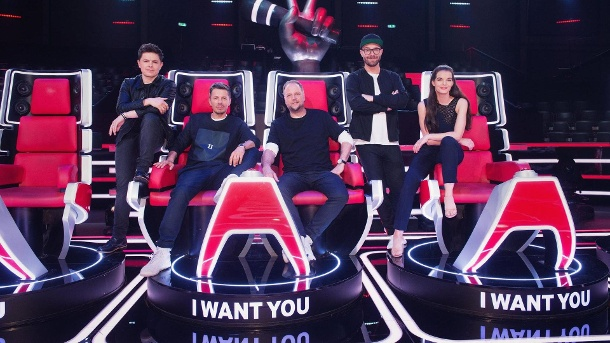 "Die Coaches bei ""The Voice of Germany"" Staffel 8: Michael Patrick Kelly, Michi Beck, Smudo, Mark Forster und Yvonne Catterfeld. (Quelle: SAT.1/ProSieben/André Kowalski)"