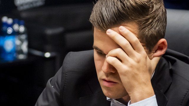 Opening the World Championship of the Chess: Carlsen must make a solution