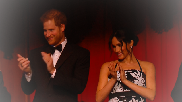 """Royal Variety Performance"" in London: Glamour-Auftritt von Herzogin Meghan und Prinz Harry"