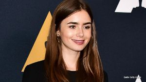 Dating-Pech: Lily Collins wurde Ghosting-Opfer.