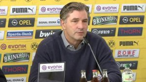 Kleiner Kader: BVB-Sportdirektor Michael Zorc über Wintertransfers (Screenshot: Omnisport)