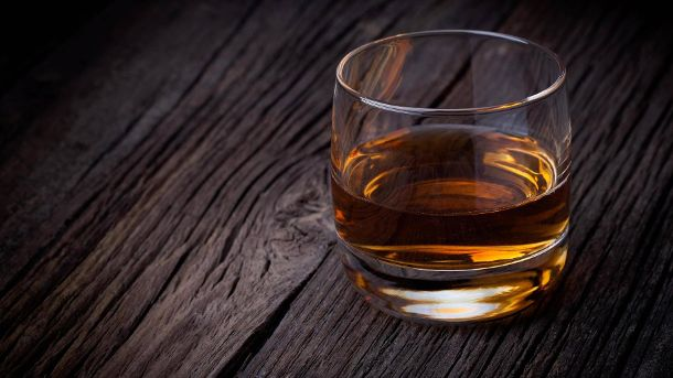 Genuss pur: Ein Glas Single-Malt-Whisky (Quelle: imago images/Panthermedia)