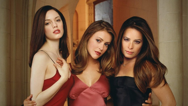 "Diese Stars spielten bei ""Charmed"" mit. (Quelle: imago / Cinema Publishers Collection)"