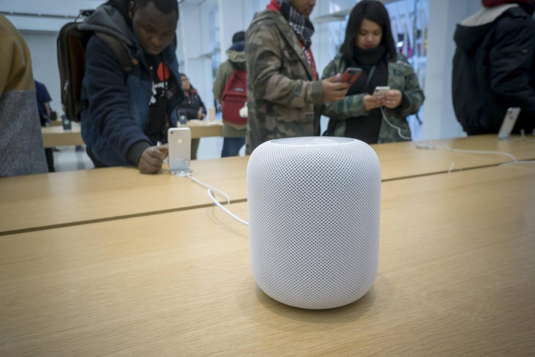 Apple HomePod: Note 3,7; 330 Euro. (Quelle: imago images/Levine-Roberts)