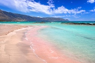 Strand Elafonisi auf Kreta (Quelle: Getty Images/Mustang_79)