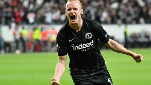 190419 FRANKFURT April 19 2019 Xinhua Sebastian Rode of Frankfurt celebrates after scori