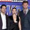 Rudd, Johansson und Hemsworth (v. li.) beim Presse-Termin in London. (Quelle: imago images/PA Images)