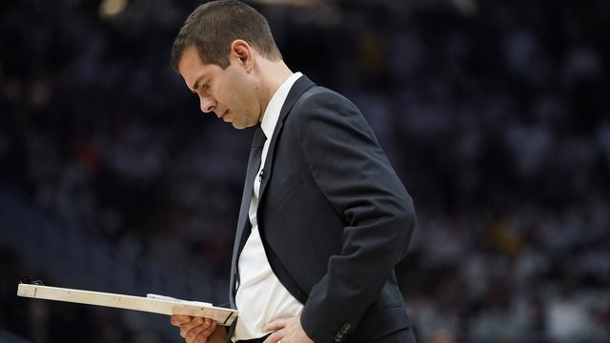 NBA-Playoffs: Theis und Boston starten mit Sieg ins Viertelfinale. Celtics-Coach Brad Stevens.