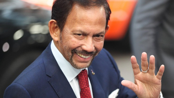 181019 BRUSSELS Oct 19 2018 Brunei s Sultan Haji Hassanal Bolkiah arrives for the second (Quelle: Reuters)